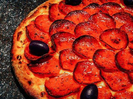 Pizzaria Antártico - Pizza de Calabresa